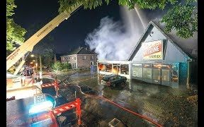 Grote-brand-in-twee-winkels-in-Oss-attachment