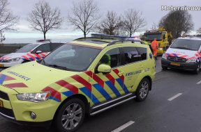 Auto-na-ongeval-het-water-in-in-Bovensmilde-attachment